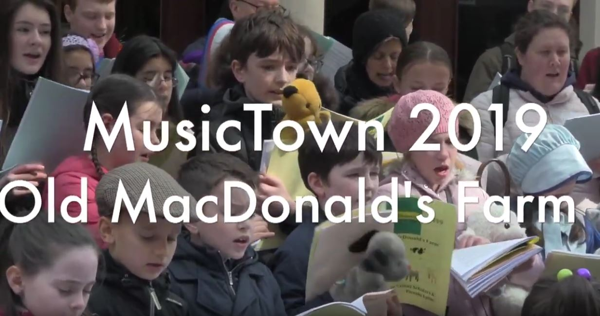 MusicTown 2019 'Old MacDonald's Farm' The Lassus Scholars & Piccolo Lasso